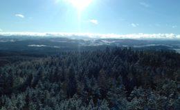 Výhled na zasněženou Šumavu si můžete vychutnat i nedaleko Strakonic